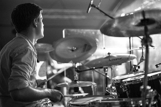 ドラム奏者